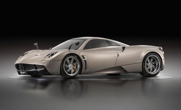 Компания Pagani готова представить модель Huayra