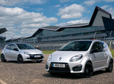 Twingo RS 133 и Clio RS 200 Silverstone GP Edition
