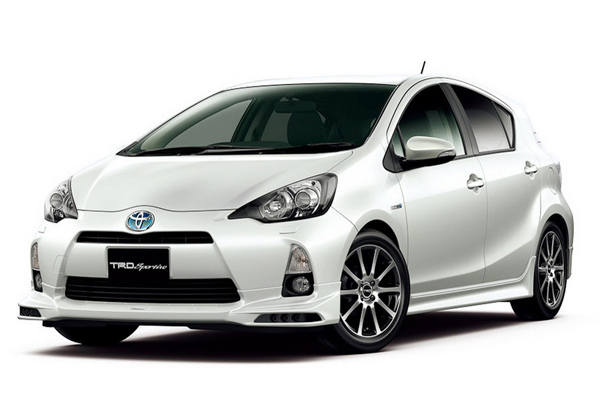 Toyota Prius C получит пакет Sport Package