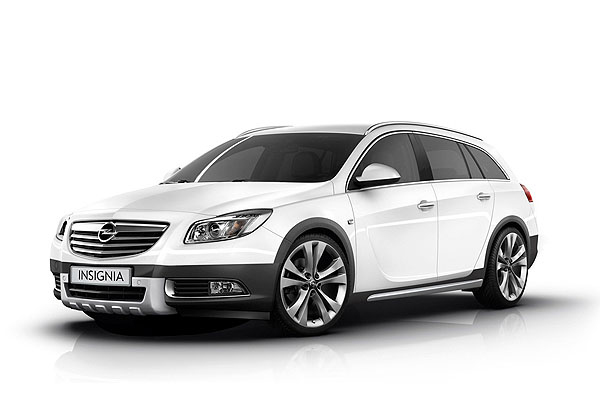 Opel готовит Insignia Sports Tourer Crosstour