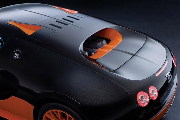 Bugatti может представить в Женеве новый Veyron