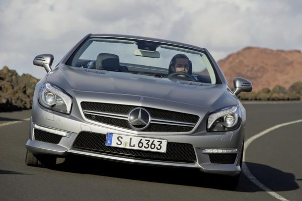 Mercedes полностью рассекретил SL63 AMG 2013