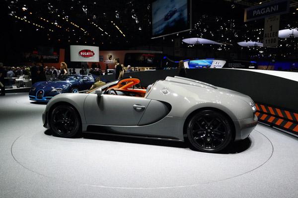 В Женеве показан Bugatti Veyron Grand Sport Vitesse