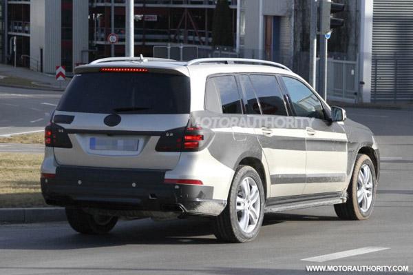 Mercedes GL-Class покажут в Нью-Йорке