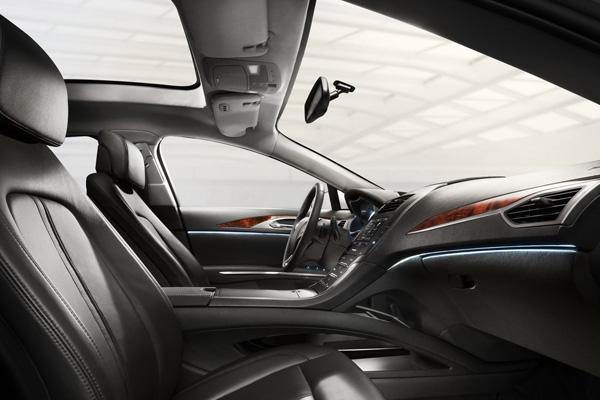 Lincoln MKZ 2013 - официальный пресс-релиз