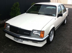Holden VC Commodore с двигателем LS3 6.2 V8