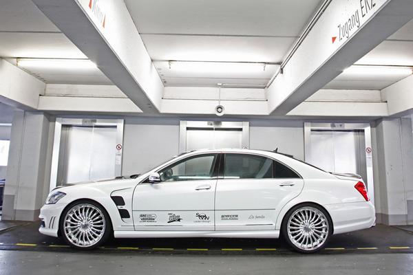 CFC снабдил Mercedes S65 AMG ламбо-дверьми