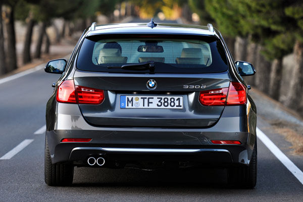 BMW презентовал 3-Series Touring 2013