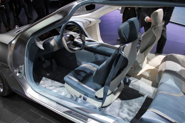 Mercedes-Benz выпустит две модели на водороде