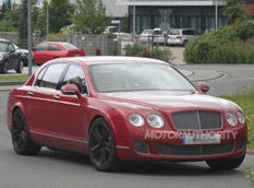 Bentley Continental Flying Spur получит двигатель V8