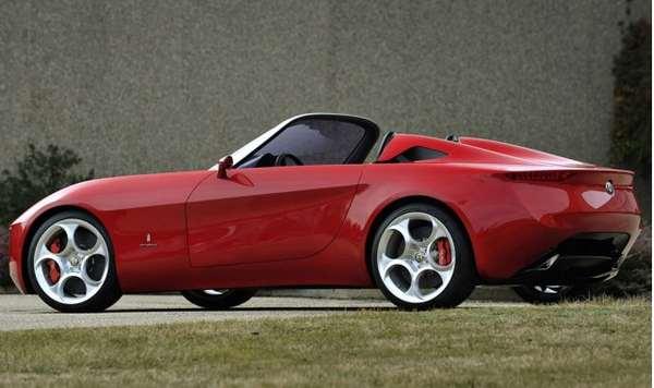 Новая модель Alfa Romeo на базе Mazda МХ-5