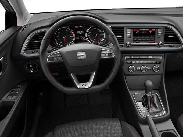 SEAT официально представил Leon 2013