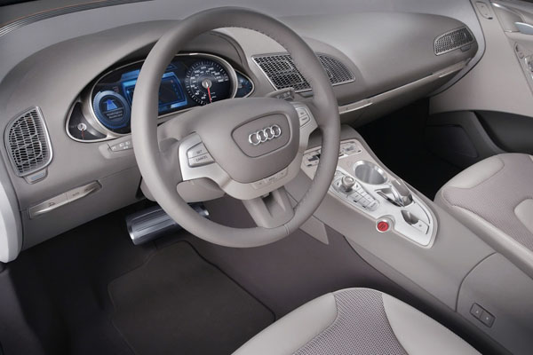 Audi планирует новый минивэн к 2016-му году