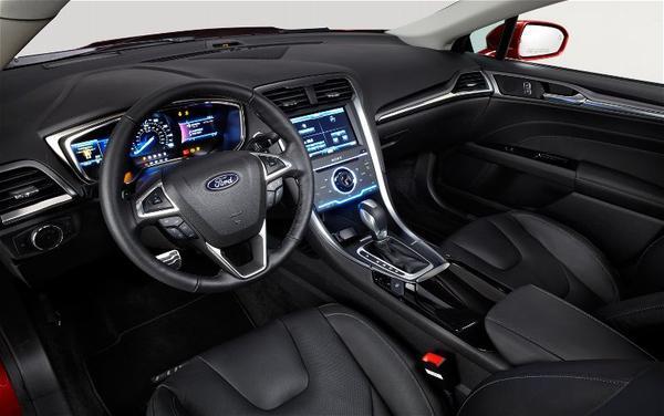 Стали известны цены на Ford Fusion 2013