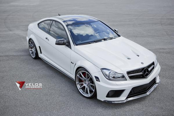 Mercedes-Benz C63 Black Series от Velos и HRE