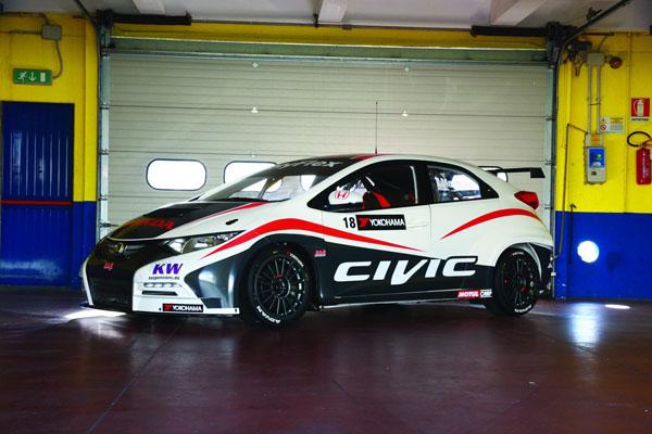 Работа над Honda Civic WTCC в финальной стадии