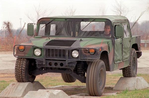 AM General вернет к жизни внедорожник Humvee