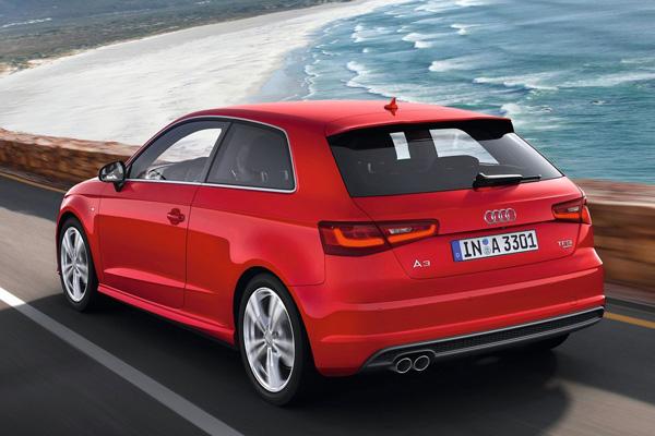 Названа цена Audi A3 2013 для России