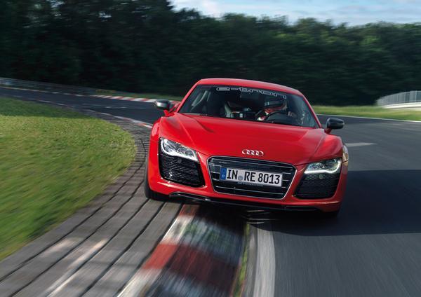 Audi R8 E-Tron оказался быстрейшим электрокаром