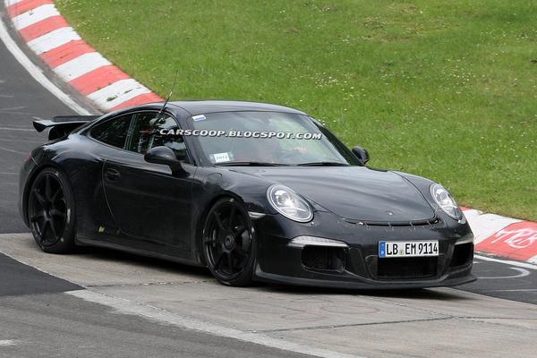 Шпионские фото будущего Porsche 911 GT3