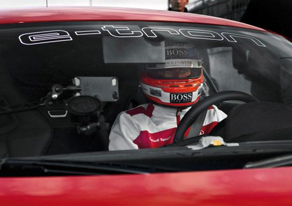 Audi R8 E-Tron получит электронное зеркало