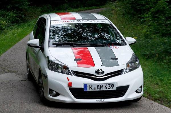 Toyota Yaris превратилась в раллийный болид