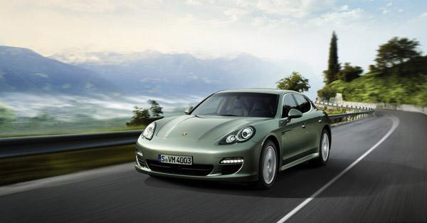 Porsche Pajun появится в 2017-м году
