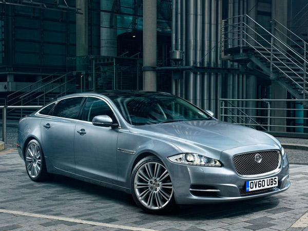 Jaguar назвал рублевые цены на XF и XJ AWD