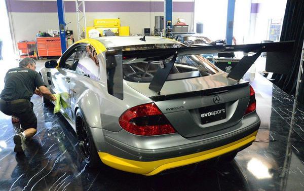 Mercedes-Benz CLK 63 AMG стал гоночным болидом