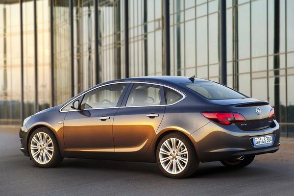Премьера нового Opel Astra состоится в Москве