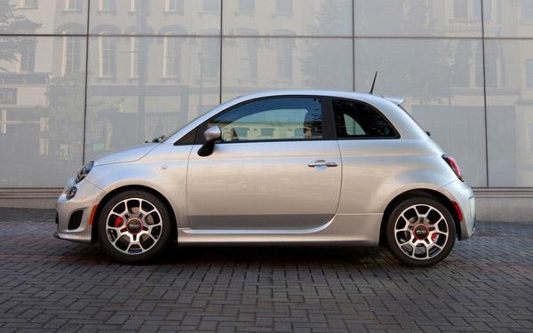 Fiat официально представил модель 500 Turbo