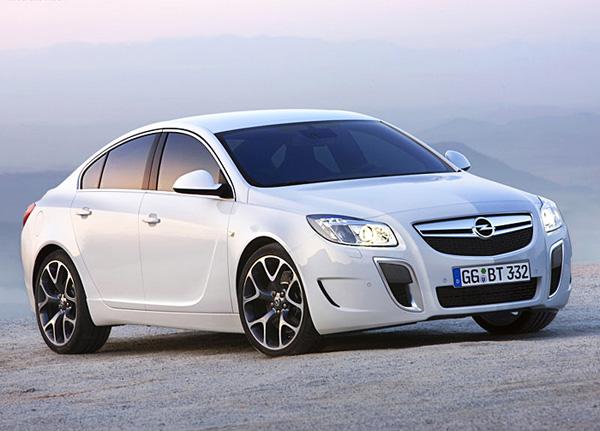 Opel Insignia 2013 может получить более 400 л. c.