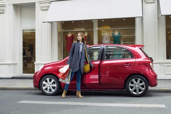 Nissan анонсировал особое издание Micra «ELLE»