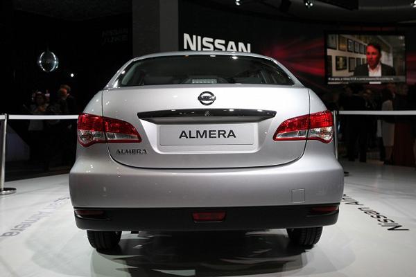Nissan привез в Москву седан Almera для России