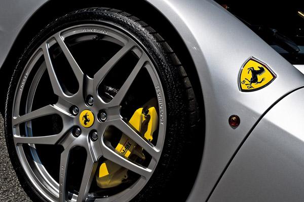 Ferrari 458 Italia Spider от Kahn Design