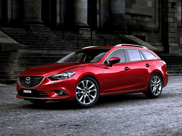 В сети появились фото Mazda6 Station Wagon 2014