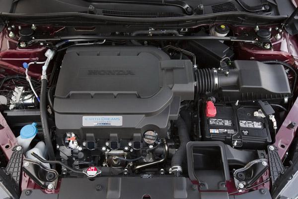 Honda представила Accord в 9-м поколении