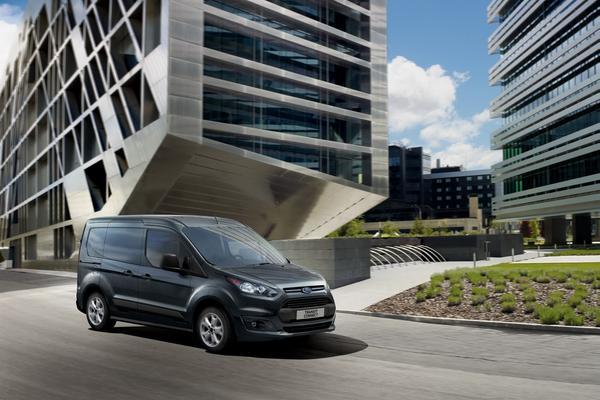 Ford обновит линейку фургонов Tourneo и Transit