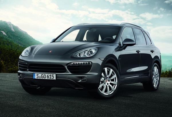 Porsche анонсировал Cayenne S Diesel V8 2013