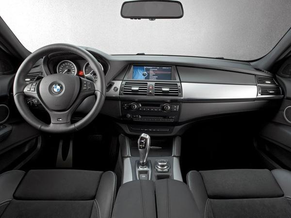 Стали известны рублевые цены на BMW X6 M50d