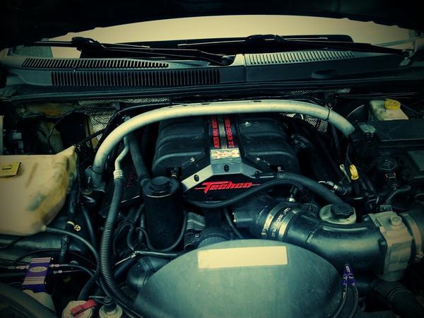 1238-сильный Jeep Grand Cherokee SRT-8 «Малыш»