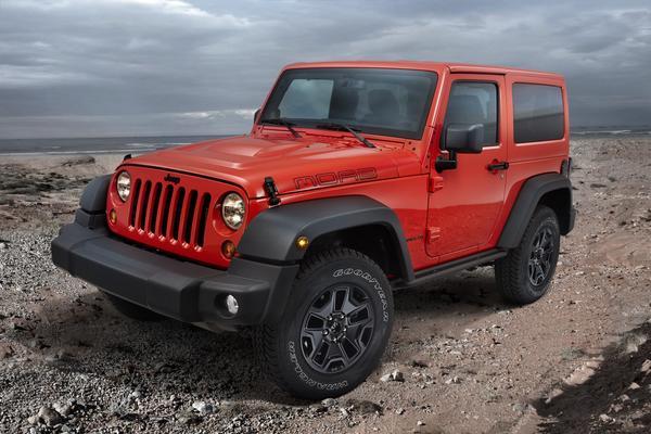 В Париже покажут спецверсии внедорожников Jeep