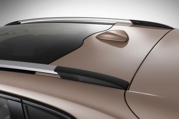 Volvo показал новый кроссовер V40 Cross Country