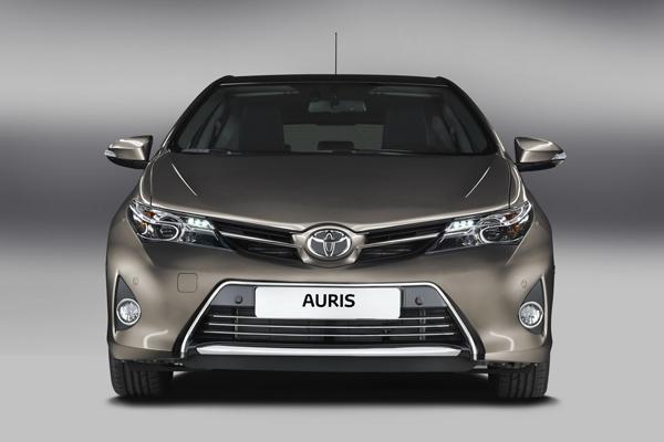 Toyota Auris 2013 - технические характеристики