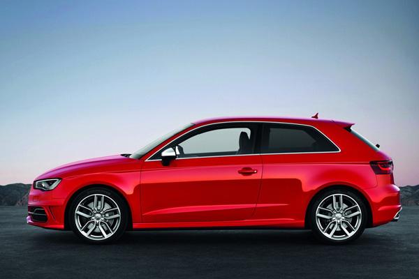 Audi полностью рассекретила новый хот-хэтч S3