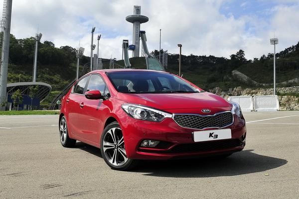 Kia представила в Корее седан Forte/Cerato 2014