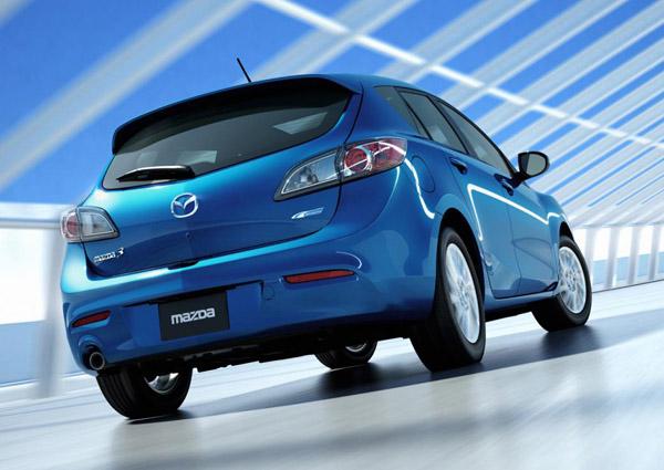 Новое поколение Mazda3 выйдет через полтора года