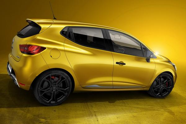 200-сильный Renault Clio RS дебютировал в Париже