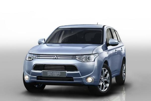 Mitsubishi Outlander Hybrid готов к производству