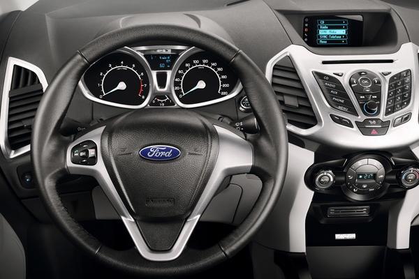Ford показал в Париже европейскую версию EcoSport